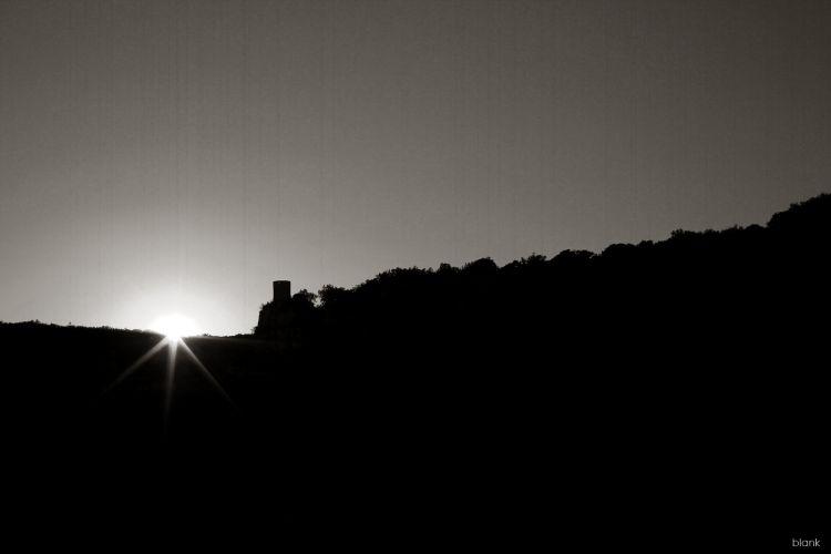 Fonds d'écran Nature Couchers et levers de Soleil Tower Sunset