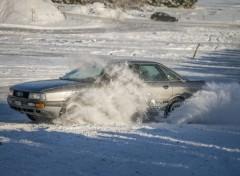 Cars Drift sur la neige