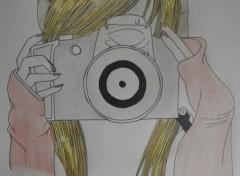 Art - Pencil Ado avec appareil photo