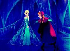 Cartoons Elsa has a palace