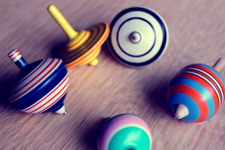 Wallpapers Objects Toys toupies