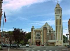 Constructions and architecture Eglise de Comines