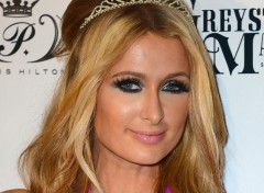 Celebrities Women Paris Hilton