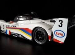 Cars Peugeot 905 victorieuse 24 Heures du Mans 1993