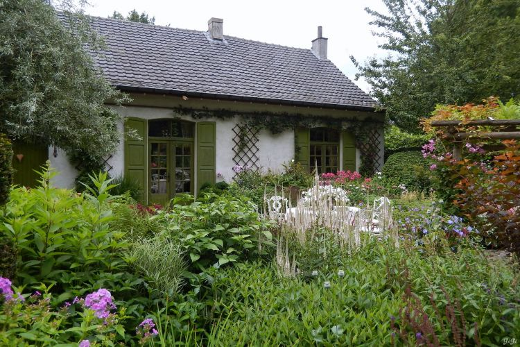 Fonds d 39 cran nature fonds d 39 cran parcs jardins le jardin romantique de dina deferme par for Ecran de jardin belgique