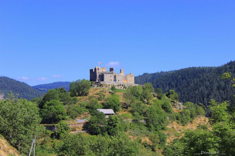 Wallpapers Constructions and architecture Castles - Palace AUVERGNE-HAUTE LOIRE