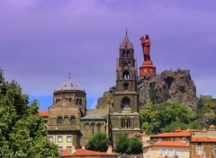 Constructions and architecture LE PUY EN VELAY-AUVERGNE