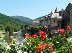 Voyages : Europe Saint-Geniès-d'Olt (Aveyron)