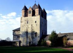 Voyages : Europe La tour médiévale de Moriensart