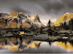 Digital Art Montagnes d'or