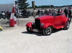 Fonds d'écran Voitures hot rods rouge vif