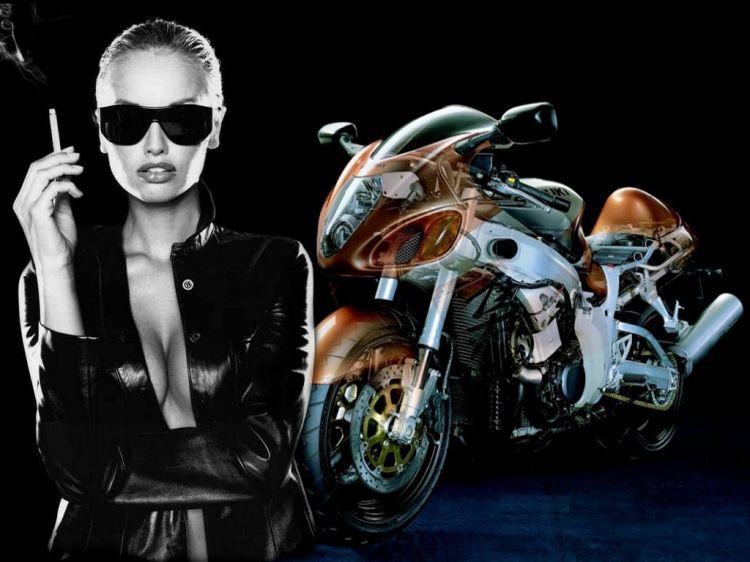 Fonds d'écran Motos Filles et motos Suzuki
