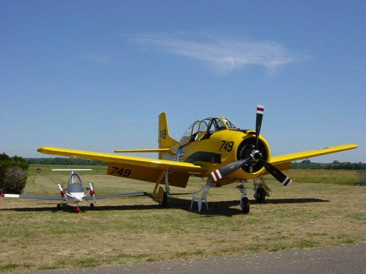 Fonds d'écran Avions Avions privés Cri Cri