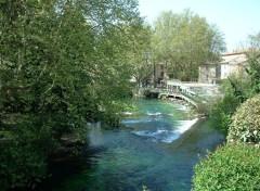 Fonds d'écran Voyages : Europe Fontaine-de-Vaucluse