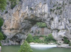 Fonds d'écran Voyages : Europe Vallon Pont d'arc