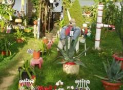 Fonds d'écran Objets Jardin en bordure de lac