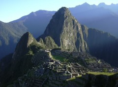 Wallpapers Trips : South America Lever de soleil sur le Machu pichu