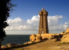 Fonds d'écran Voyages : Europe Faro di Ploumanach