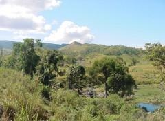 Wallpapers Trips : Oceania la chaîne centrale, en brousse