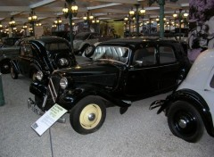 Fonds d'écran Voitures Citroën traction avant 11 CV