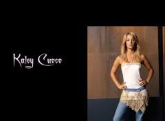 Fonds d'écran Séries TV Kaley Kuoco !!!!