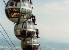 Fonds d'écran Transports divers Les Bulles à Grenoble.