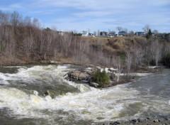Fonds d'écran Nature Petites chutes rivière Shawinigan