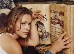 Fonds d'écran Séries TV Phoebe