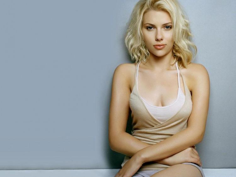 Fonds d'écran Célébrités Femme Scarlett Johansson Wallpaper N°141760