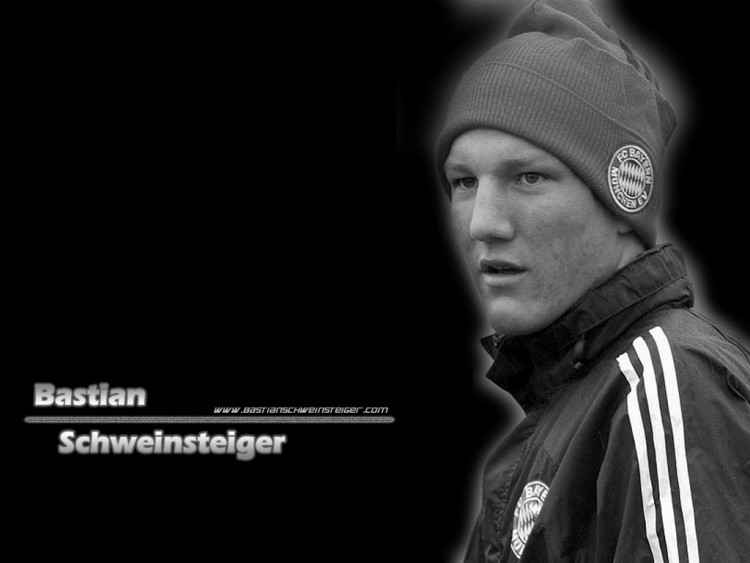 Fonds d'écran Sports - Loisirs Football Bastian Schweinsteiger