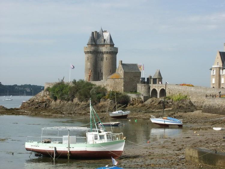 Fonds d'écran Voyages : Europe France > Bretagne Tour Solidor Saint Servan (St Malo)