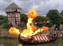 Fonds d'écran Constructions et architecture Spectacle Les Vikings au Puy du Fou en Vendée