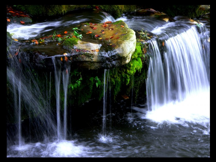 Wallpapers Nature Waterfalls Wallpaper N°154526