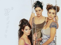 Fonds d'écran Séries TV Charmed s1