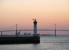 Wallpapers Constructions and architecture PHARE ET PONT DE ST NAZAIRE