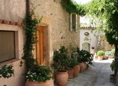 Wallpapers Constructions and architecture Ruelle de Grimaud
