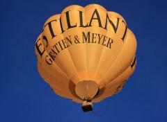 Fonds d'écran Avions Montgolfiere jaune