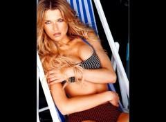 Wallpapers Celebrities Women veronica_varekova_58