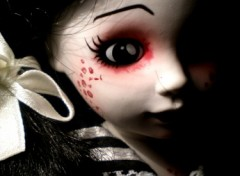 Wallpapers Objects Living Dead Dolls-Maggot