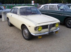 Fonds d'écran Voitures Alfa-Roméo Giulia GT