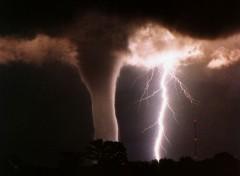 Fonds d'écran Nature TORNADO WARNING!!!!