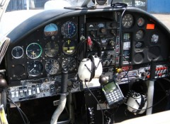 Fonds d'écran Avions Cockpit MS 893