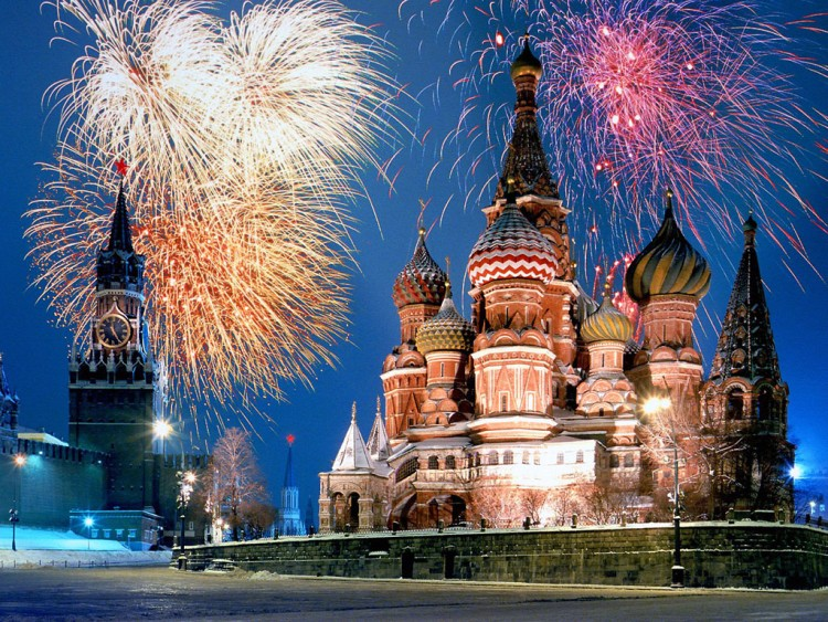 Wallpapers Trips : Europ Russia Kremlin and Red Square Fireworks