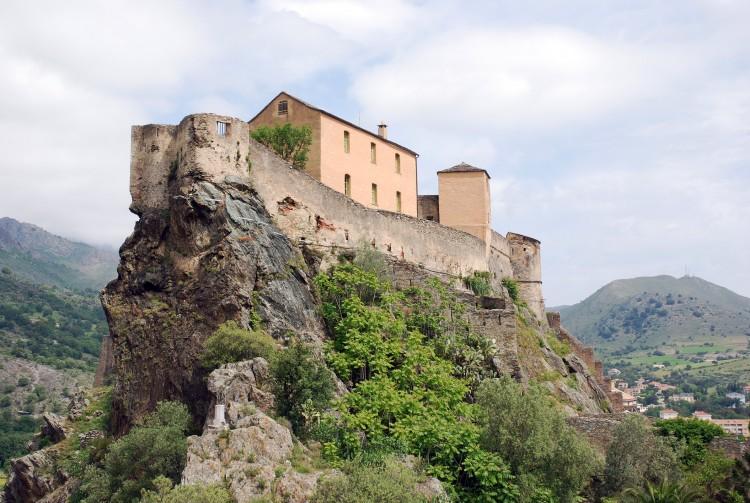 Wallpapers Trips : Europ France > Corsica Petite maisonnette