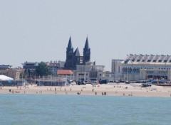 Fonds d'écran Voyages : Europe Plage d'Ostende vu de la mer du nord