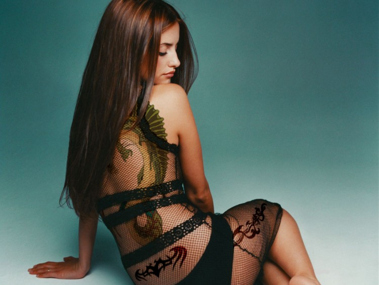 Wallpapers Celebrities Women Penelope Cruz penelope cruz tatoo