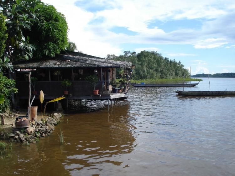 Wallpapers Trips : South America Guyana Cabane de piroguier