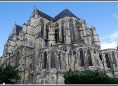 Wallpapers Constructions and architecture Basilique de Saint-Quentin (02)