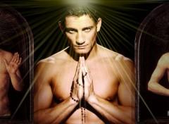 Fonds d'écran Hommes - Evênements Like a prayer II