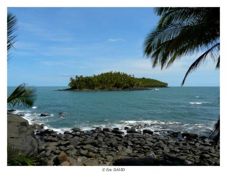 Wallpapers Nature Seas - Oceans - Beaches Ile du Diable